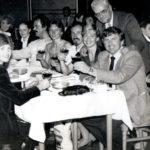 Dr. Luděk Nosek (vpravo) v kruhu přátel